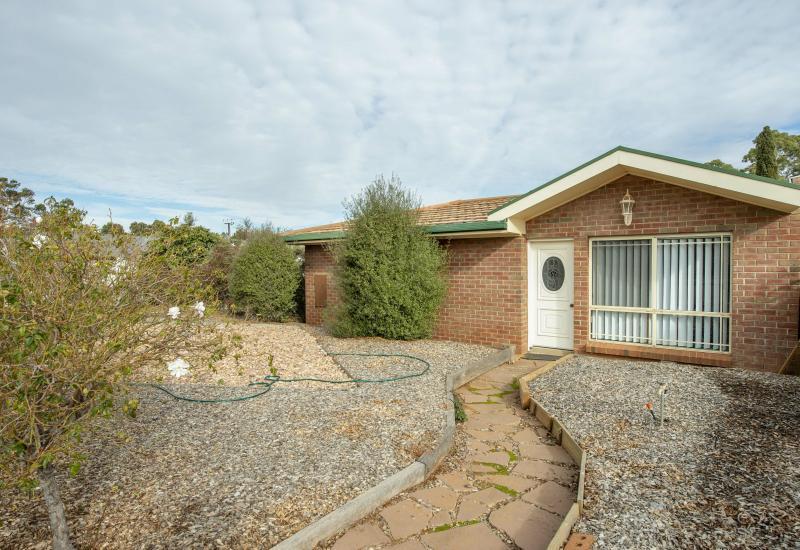 Established brick veneer home