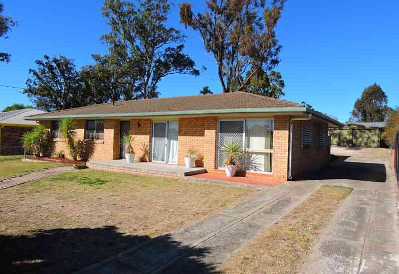 Well Maintained 3 Bedroom Brick and Tile Home