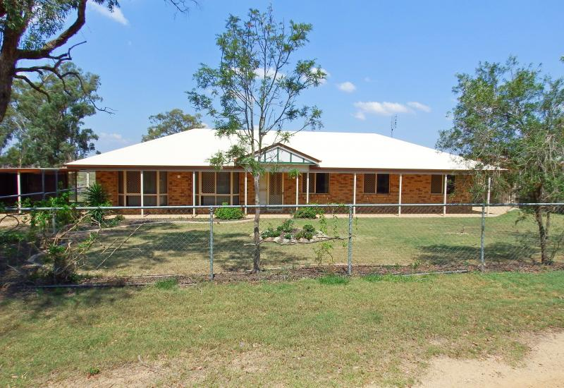 35 Acre Lifestyle Property with Comfortable Home Plus Sheds