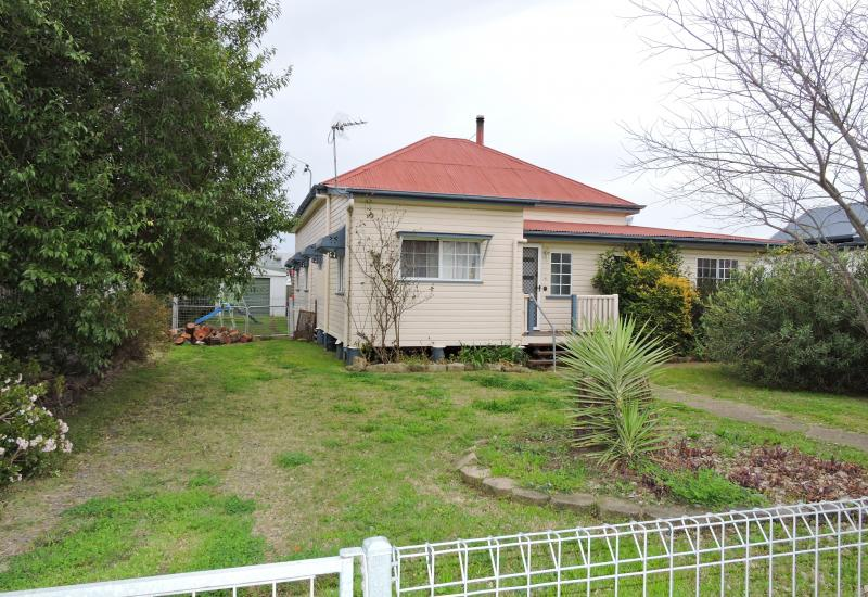 Excellent Location Close to CBD with Sheds