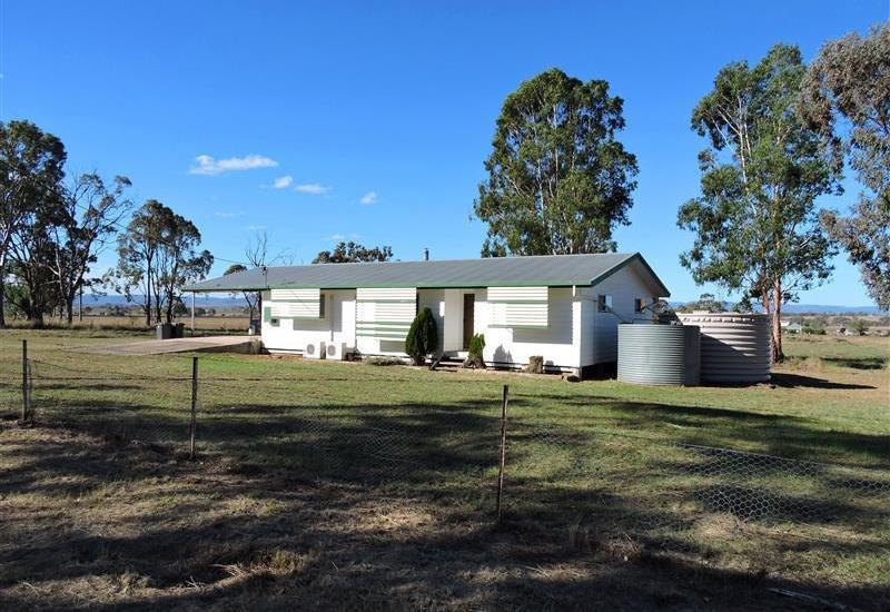 10 Acre Lifestyle Property 7.5km to CBD