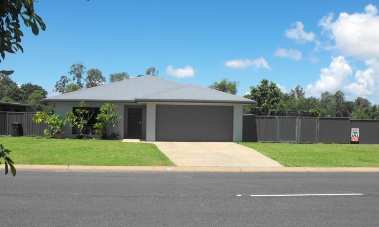 3 YEAR OLD PROPERTY IN GOLF LINKS ESTATE! PRICE ADJUSTED TO MEET THE MARKET!