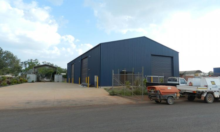 COMMERCIAL LISTING WITH INDUSTRIAL SHED!
