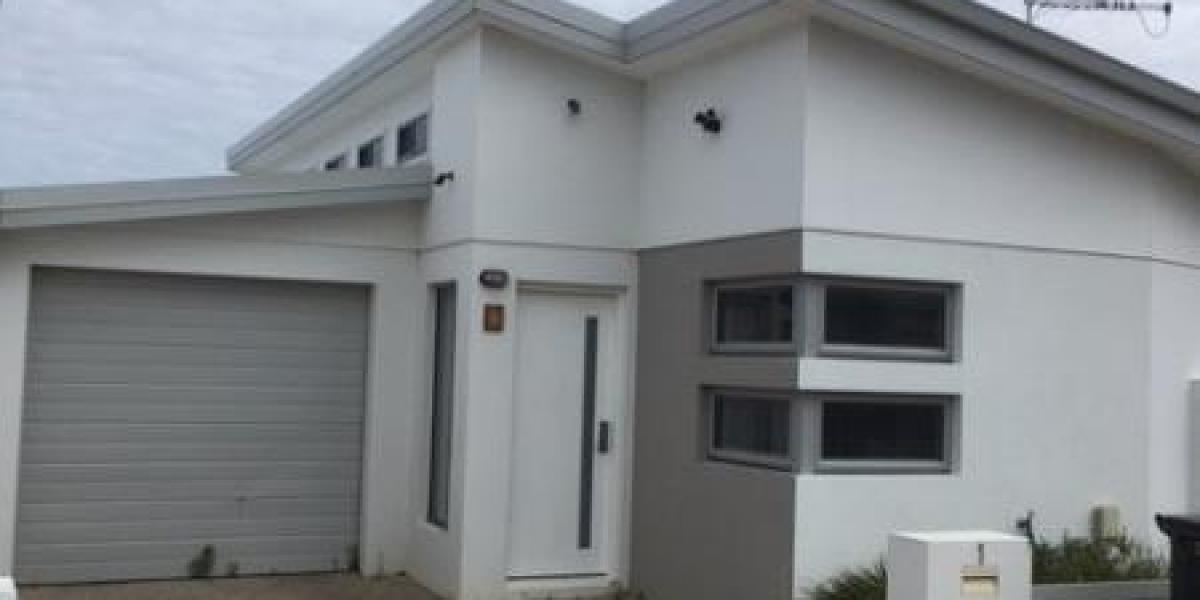 Furnished 1 bedroom home with study, close to shops and transport