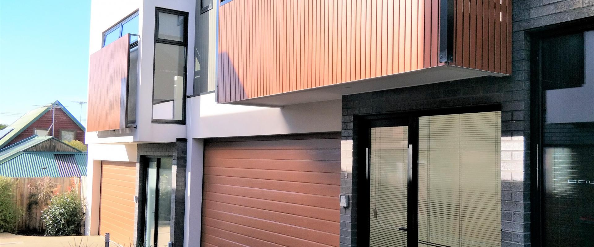Weston Real Estate Melbourne Modern 3 Bedroom Townhouse Opposite The Beach