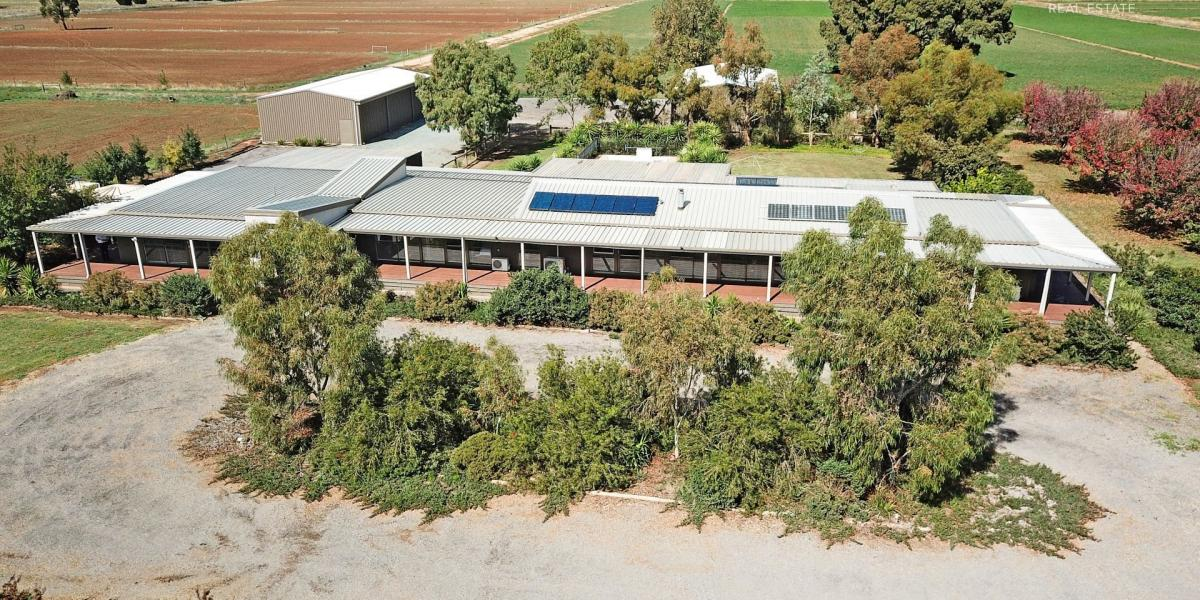 Enjoy the Relaxed Rural Lifestyle - Expansive 5 Bedroom Home set on approx 40 Acres - Close to Tatura & Mooroopna
