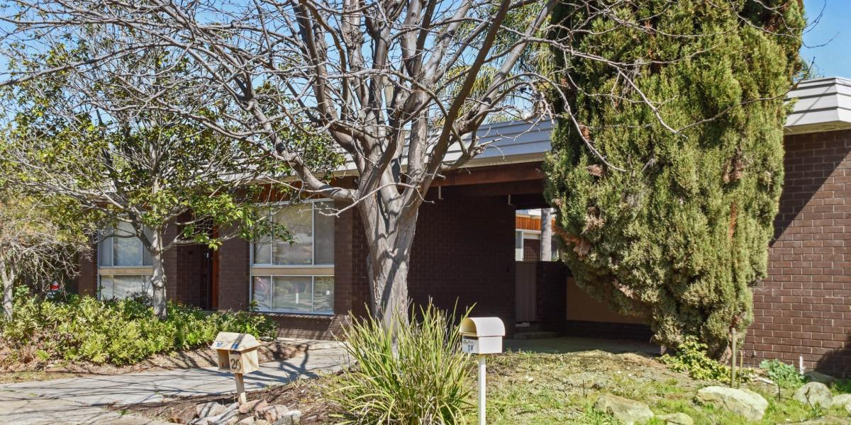 Fully Refurbished - Move in & Relax – Premier Location – Bushland Walking Tracks